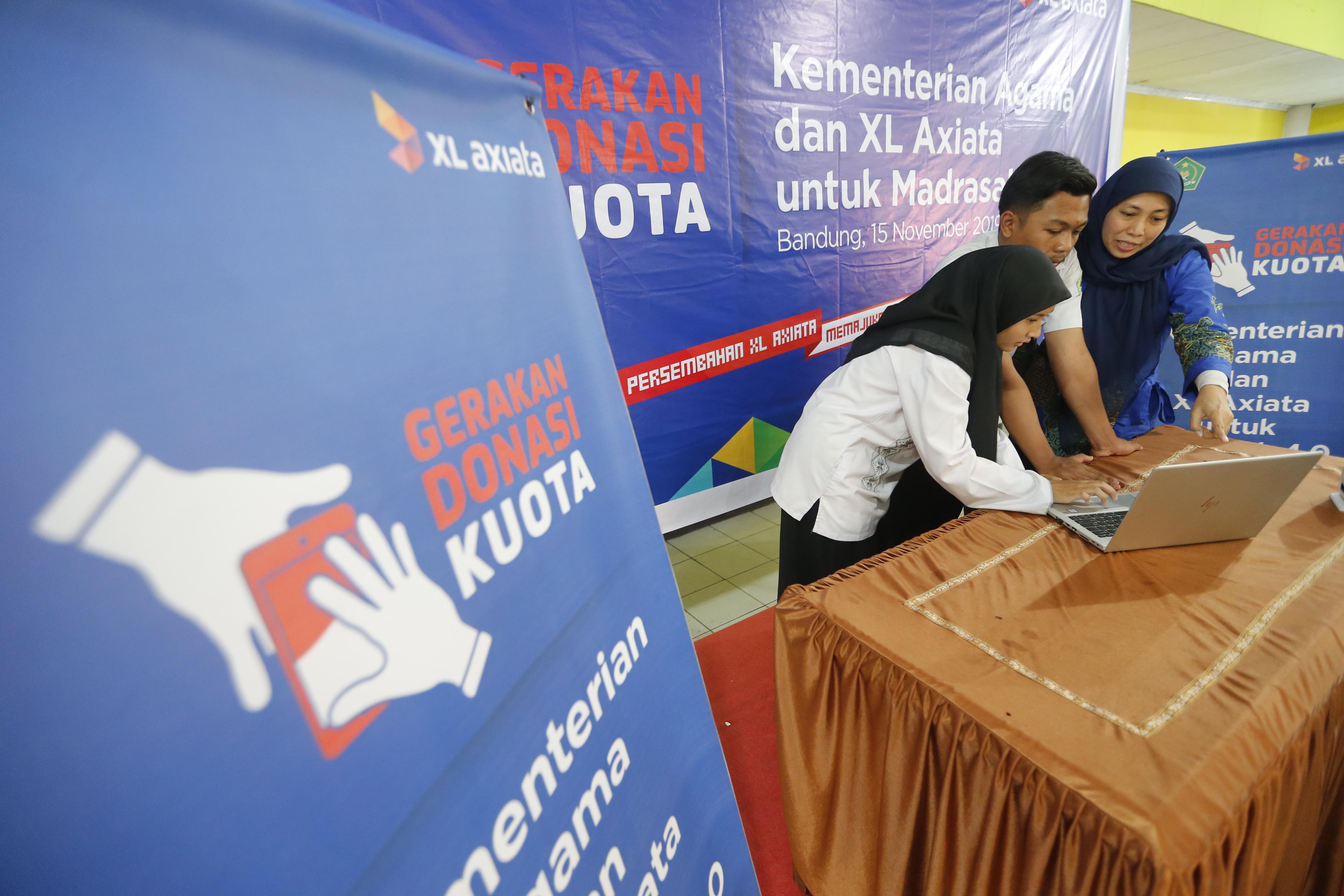 XL Axiata Perluas Penyaluran Gerakan Donasi Kuota keMadrasahAliyah di Jabar